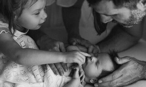 Οι πρώτες στιγμές με ένα νεογέννητο μέσα από μοναδικές φωτογραφίες