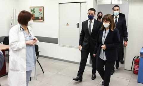 Κορονοϊός: Την τρίτη δόση του εμβολίου έκανε η Πρόεδρος της Δημοκρατίας