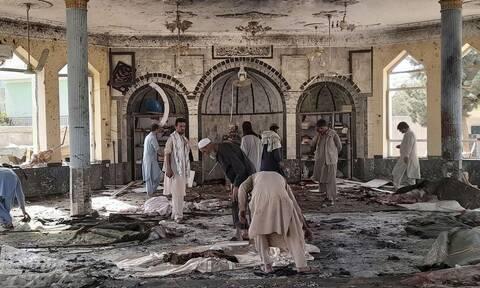 Αφγανιστάν: Το Ισλαμικό Κράτος ανέλαβε την ευθύνη της επίθεσης στο τζαμί - Δεκάδες οι νεκροί