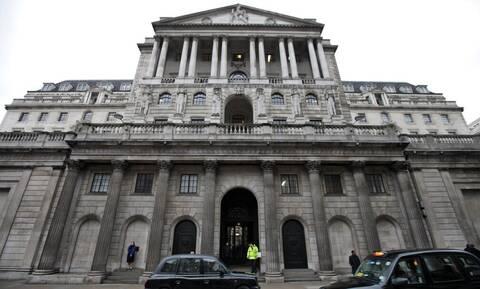 Τράπεζα της Αγγλίας: Η έκρηξη των τιμών ενέργειας δημιουργεί φόβους για φρένο στην ανάπτυξη