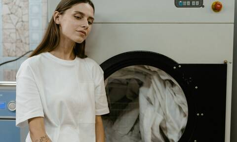 10 απίθανα πράγματα που δεν πίστευες ότι πλένονται στο πλυντήριο