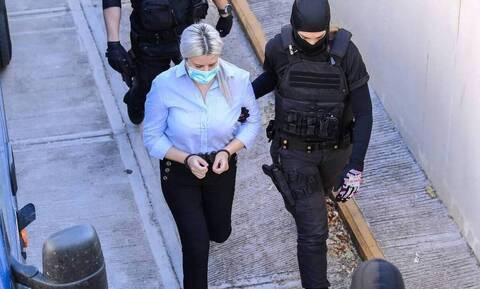 Δίκη για βιτριόλι - Έφη Κακαράντζουλα: Θα αντικρούσει τον 40χρονο η κατηγορούμενη