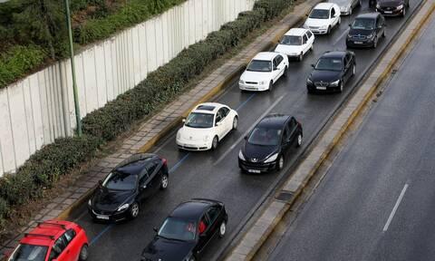 Κίνηση ΤΩΡΑ: Απέραντο μποτιλιάρισμα στον Κηφισό – Μεγάλες καθυστερήσεις και στην Αττική Οδό