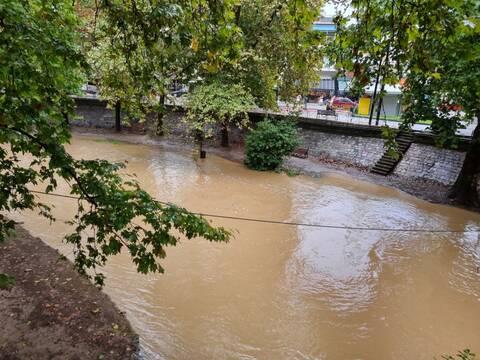 Δοκιμάζονται οι αντοχές του Ληθαίου ποταμού στα Τρίκαλα (pics)
