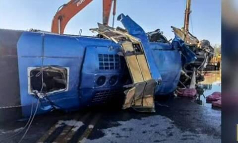Πλημμύρες στην Κίνα : Λεωφορείο πέφτει σε ποταμό, ενώ οι ισχυρές βροχές καταστρέφουν σπίτια (Vid)