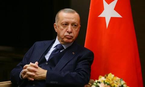 Ρετζέπ Ταγίπ Ερντογάν: Απειλεί με νέα στρατιωτική παρέμβαση στη βόρεια Συρία