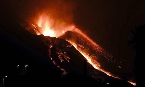 Λα Πάλμα: Εργοστάσιο τσιμέντου βυθίζεται στη λάβα - Σε καραντίνα 3.000 πολίτες λόγω τοξικών αερίων