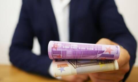 Διαγράφηκε οφειλή 10.000 ευρώ σε άνεργο δανειολήπτη