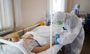 Эксперт: высокая смертность от COVID-19 может быть связана с поздним обращением к врачу