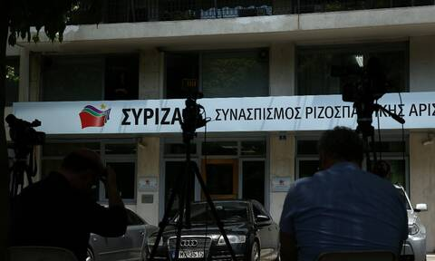Δημοσκοπήσεις: Συνεχίζει το «σφυροκόπημα» ο ΣΥΡΙΖΑ για «λίστα Πέτσα» και Opinion Poll