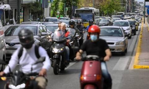 Κίνηση ΤΩΡΑ: Απέραντο μποτιλιάρισμα σε όλη την Αθήνα – Καθυστερήσεις και στην Αττική Οδό