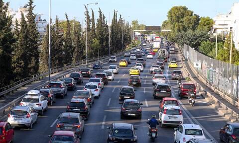 Κίνηση ΤΩΡΑ: Μεγάλο μποτιλιάρισμα στον Κηφισό – Καθυστερήσεις λόγω τροχαίου στην Αττική Οδό