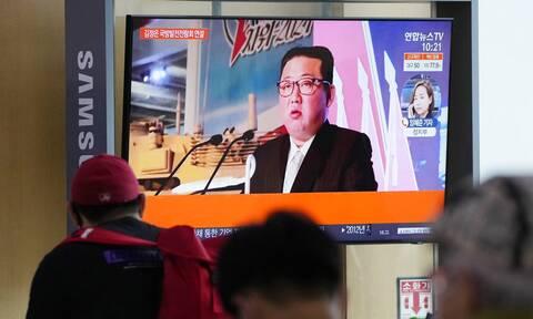 Κιμ Γιονγκ Ουν: Αγνώριστος ο ηγέτης της Βόρειας Κορέας - Νέα ερωτήματα για την υγεία του (vid)
