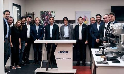 LAVAZZA και BEVERAGE WORLD επισφραγίζουν την επιτυχημένη συνεργασία τους για τα επόμενα δέκα χρόνια