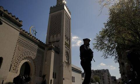 Γαλλία: Ξεκίνησε η διαδικασία για κλείσιμο μουσουλμανικού τεμένους στην δυτική Γαλλία