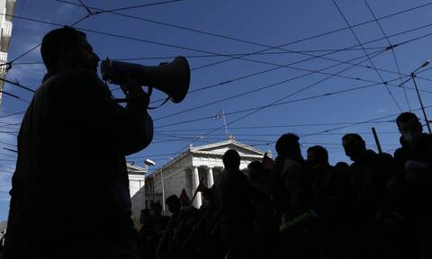 ΟΛΜΕ: Πανεκπαιδευτικό συλλαλητήριο την Παρασκευή (15/10)