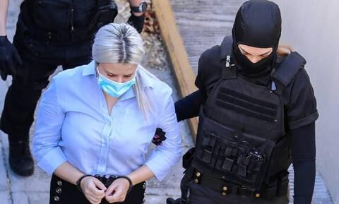 Έφη Κακαραντζούλα: Έφτασε η ώρα της απολογίας για την κατηγορούμενηστη δίκη για το βιτριόλι