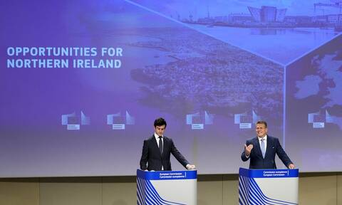 Brexit: Το Λονδίνο θέλει «σημαντική αλλαγή» στο πρωτόκολλο της Βόρειας Ιρλανδίας
