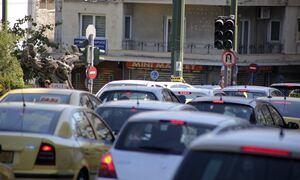 Κίνηση ΤΩΡΑ: «Κόλαση» στους δρόμους πριν την επέλαση του «Μπάλλου» - Ποιους δρόμους να αποφύγετε