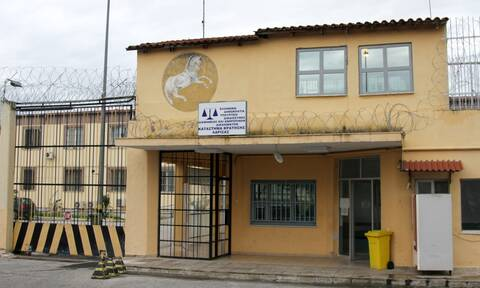 Τσάκωσαν κρατούμενο των φυλακών Λάρισας με ποσότητα ηρωίνης