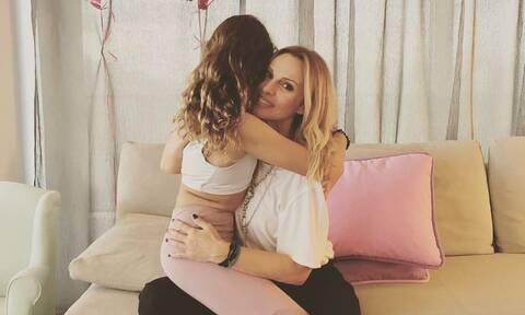 Πέγκυ Ζήνα: Η κόρη της έγινε 10 ετών - Δείτε φώτο