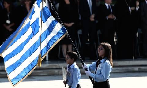Πώς θα γίνουν οι παρελάσεις της 28ης Οκτωβρίου σε Αθήνα και Θεσσαλονίκη