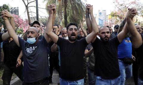 Λίβανος: Χάος στην Βηρυτό - Τουλάχιστον δύο εκρήξεις και ένας νεκρός απο πυρά σε συγκέντρωση