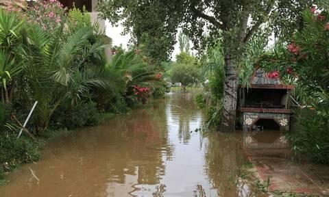 Κακοκαιρία «Μπάλλος»: Συναγερμός στην Πυροσβεστική - 90 κλήσεις για πλημμυρισμένα υπόγεια