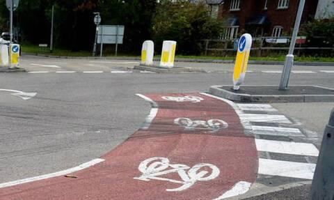 Αγγλία: Έφτιαξαν ποδηλατόδρομο χειρότερο κι από τον Μεγάλο Περίπατο! (pics)