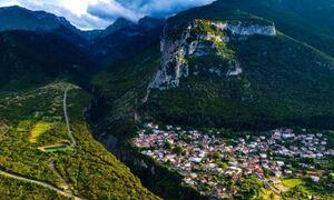 Τιθορέα: Είτε στην Άνω, είτε στην Κάτω θα περάσετε υπέροχα (video)
