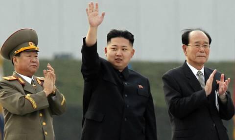 Βόρεια Κορέα: Μηνύουν τον Κιμ Γιονγκ Ουν επειδή «τους υποσχέθηκαν τον παράδεισο, αλλά βρήκαν κόλαση»
