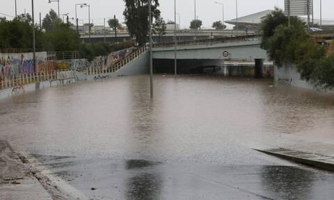 Κακοκαιρία «Μπάλλος»: Ισχυρές βροχές και καταιγίδες στην Αττική- Έπεσαν 147 τόνοι νερού ανά στρέμμα