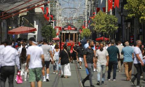 Κορονοϊός στην Τουρκία: Σταθερά πάνω από 30.000 τα νέα κρούσματα - 203 θάνατοι σε 24 ώρες