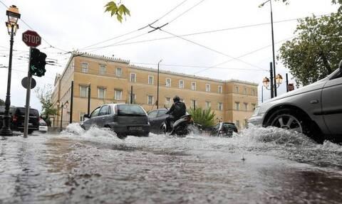 Κακοκαιρία: Πού θα χτυπήσει ο «Μπάλλος» τις επόμενες ώρες - Τι λέει ο Αρνιακός στο Newsbomb.gr
