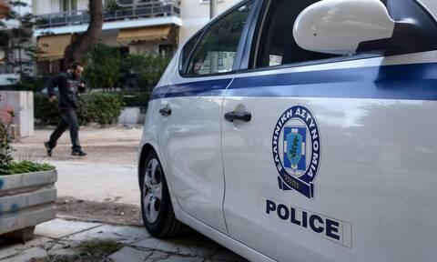 Συνελήφθη 34χρονος για ληστεία σε χρηματαποστολή και εμπρησμό αντιπροσωπείας ΙΧ