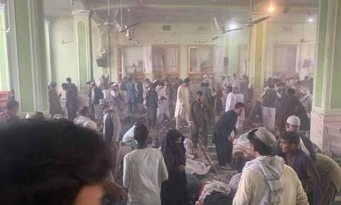 Αφγανιστάν: Νέα επίθεση αυτοκτονίας σε τέμενος - Δεκάδες νεκροί και τραυματίες