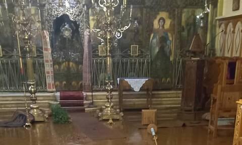 Ιθάκη: Ο «Μπάλλος» προκάλεσε μεγάλες ζημιές στη Μητρόπολη – Καταστροφές και στο γήπεδο του νησιού