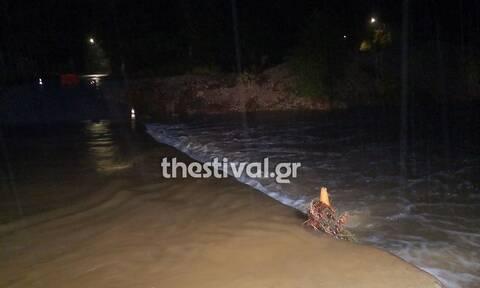 Χαλκιδική: Yπερχείλισε το ρέμα που διασχίζει την Ολυμπιάδα στον δήμο Αριστοτέλη