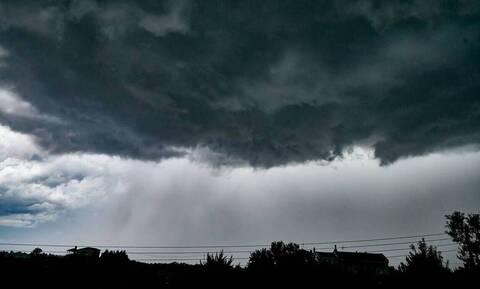 Καιρός: Έκτακτη προειδοποίηση Καλλιάνου για την Αττική - «Σε λίγη ώρα θα χτυπήσει ισχυρή καταιγίδα»