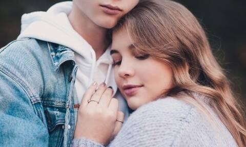 Ο μήνας που γεννήθηκες δείχνει τι είδους εραστής ή ερωμένη είσαι