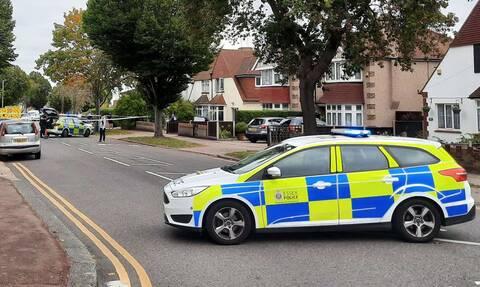 Θρίλερ στη Βρετανία: Μαχαίρωσαν βουλευτή των Συντηρητικών έξω από εκκλησία