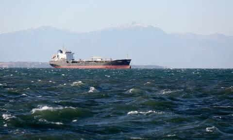 Ακυβέρνητο φορτηγό πλοίο πλέει δυτικά της Χίου - Στο σημείο σπεύδει ρυμουλκό