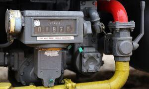 Επιστροφή στο 1950 - «Ψύχος» στην τσέπη από τις ανατιμήσεις: 40% ακριβότερο το πετρέλαιο θέρμανσης