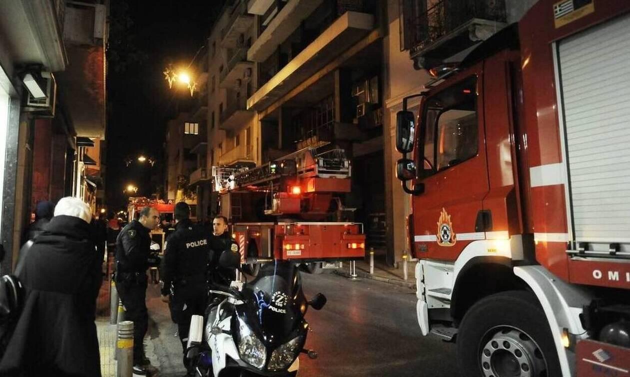 Θεσσαλονίκη: Φωτιά σε βιοτεχνία χαρτικών στο Κάτω Σχολάρι - Τέθηκε υπό πλήρη έλεγχο