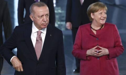 Συνάντηση Μέρκελ - Ερντογάν στην Κωνσταντινούπολη: Τι θα συζητήσουν