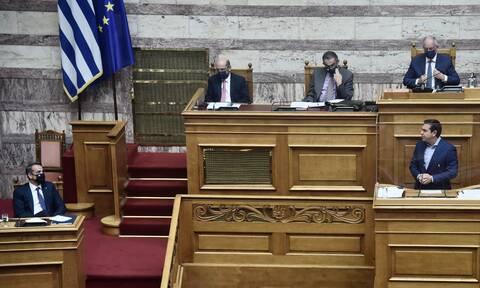 Δημοσκόπηση Interview: Ευρύ προβάδισμα ΝΔ έναντι του ΣΥΡΙΖΑ – «Ναι» στην ελληνογαλλική συμφωνία
