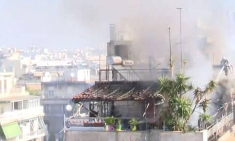 Φωτιά σε πολυκατοικία στον Κολωνό - Συναγερμός στην Πυροσβεστική