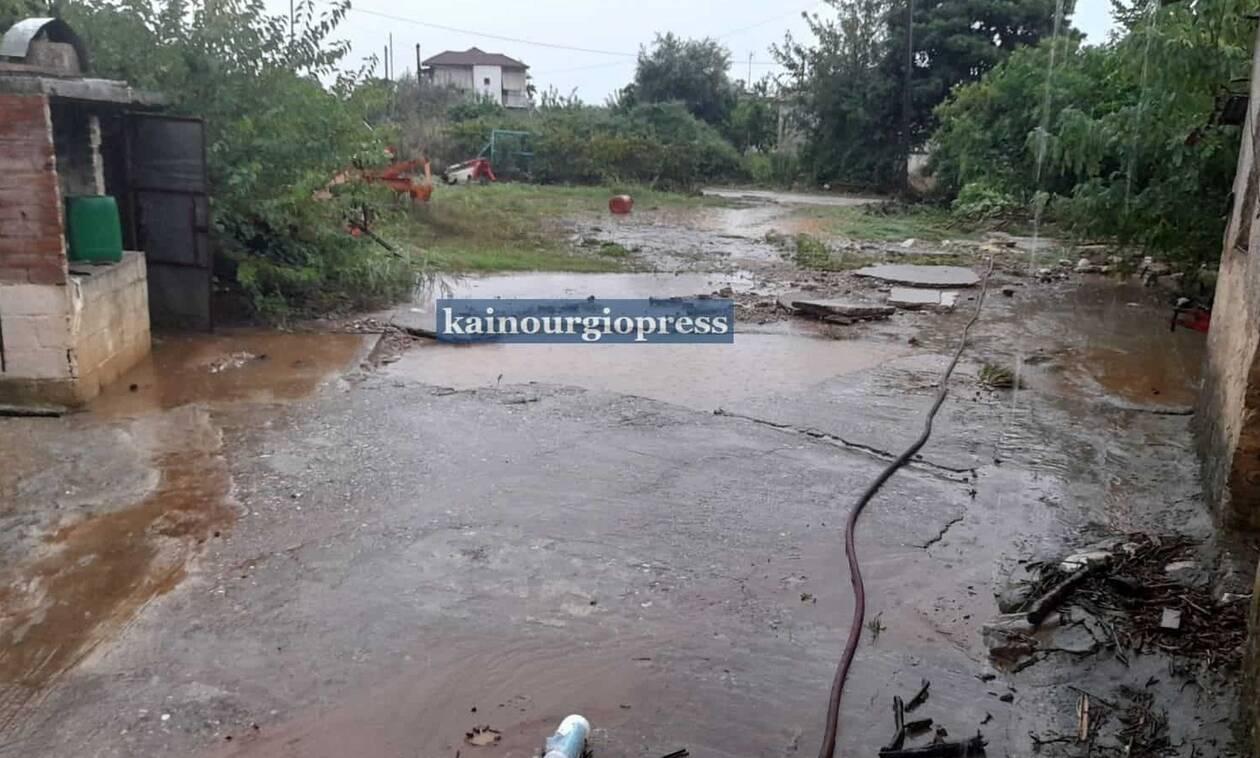 Κακοκαιρία «Μπάλλος»: «Βούλιαξαν» Αγρίνιο και Μεσολόγγι - Πλημμύρες και κατολισθήσεις (pics+vid)