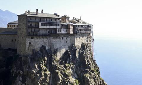 Θρίλερ στο Άγιο Όρος με τους προσκυνητές: Άκαρπες οι έρευνες της Πυροσβεστικής
