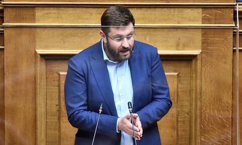 Κώστας Ζαχαριάδης στο Newsbomb.gr: Ο Τσίπρας θα ανατρέψει τις δημοσκοπήσεις όπως ο Σολτς